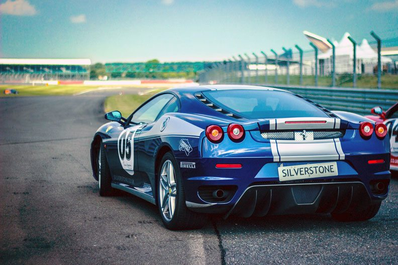 Best-Luxury-Cars-for-Racing-Fans